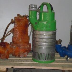 Aqua Traitements Saint Victoret Unités de Traitement Autres matériels Pompe Immergée